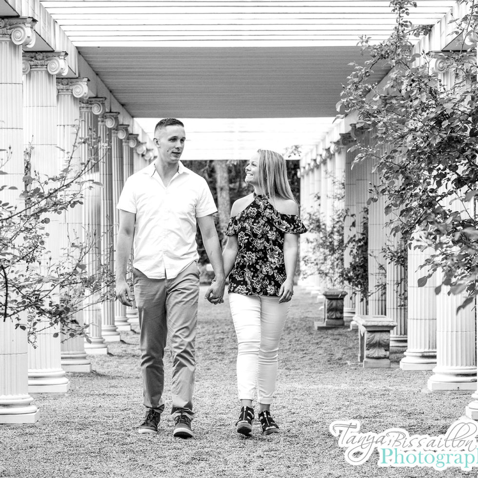 Engagement photos at Yaddo Gardens